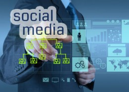 online specialist pointing social media